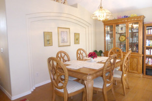 7th-Heaven-dining-room-2